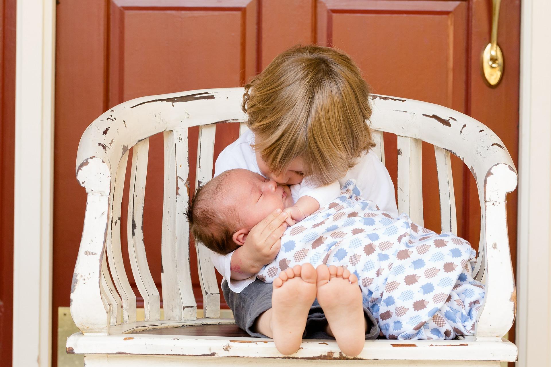 detskaya-revnost-kak-luchshe-dejstvovat-roditelyam